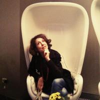 im Sessel
